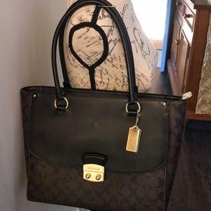 NWT Coach Signature Avary Tote Handbag
